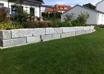 Gartenmauern 75