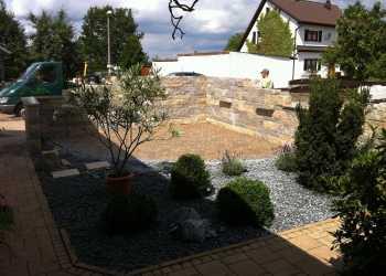 Gartenmauern 35