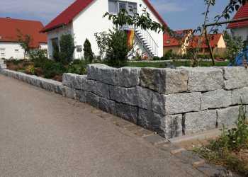 Gartenmauern 63