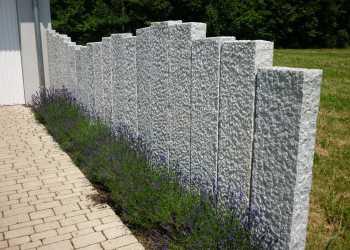 Gartenmauern 23