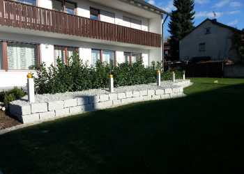 Gartenmauern 58