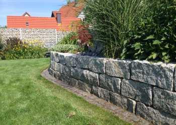 Gartenmauern 67