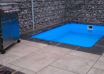 Pools & Whirlpools 9