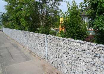 Gartenmauern 44