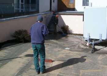 Gartenpflege 12